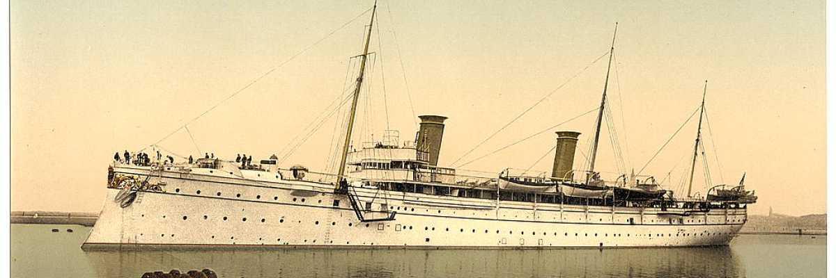 Una imbarcazione imperiale tedesca (yacht Kaiserliche) abbandona le acque veneziane (Library of Congress - Detroit Publishing Company).