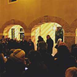 Le personalità che danno il via all'inaugurazione, al centro il sindaco Brugnaro — (Archivio Venipedia/Bazzmann)