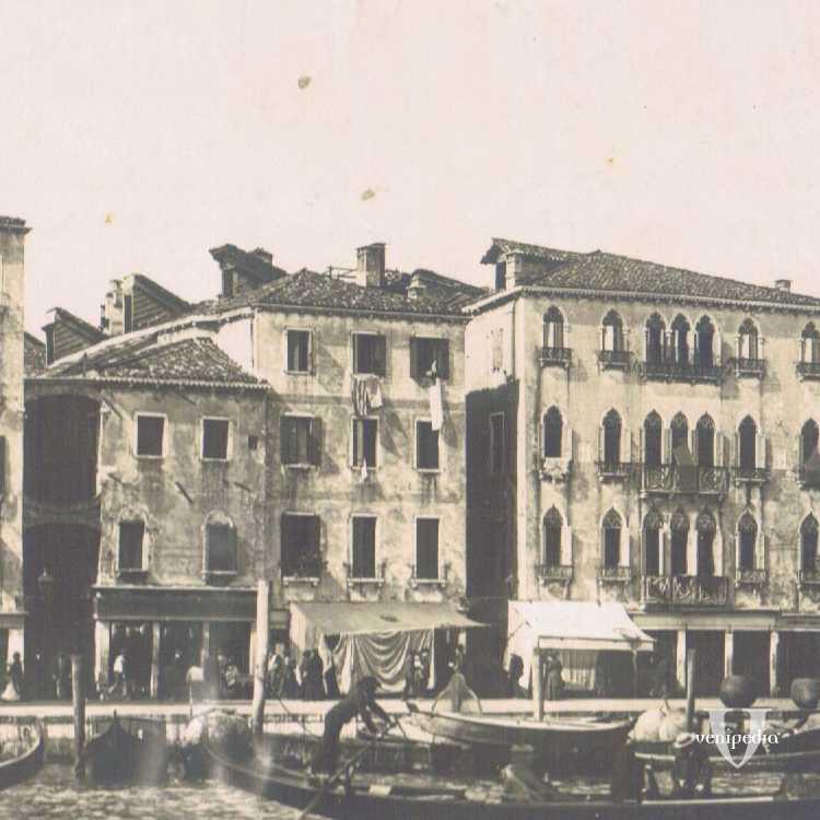 Il caratteristico Mercato del Pesce di Rialto, dove poter trovare le migliori squisitezze offerte dal mare Adriatico.