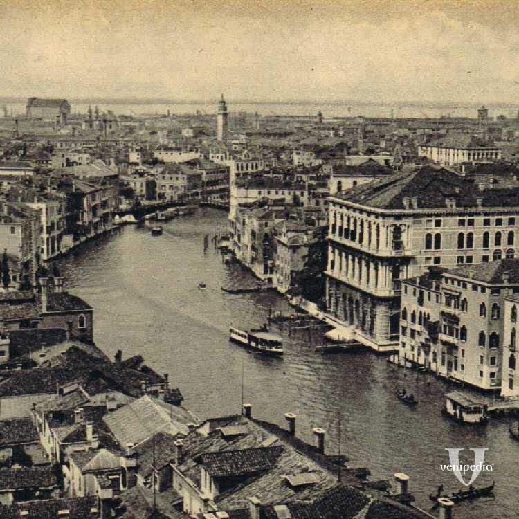 Romantica visione del Canal Grande con i suoi stupendi palazzi che vi si affacciano.