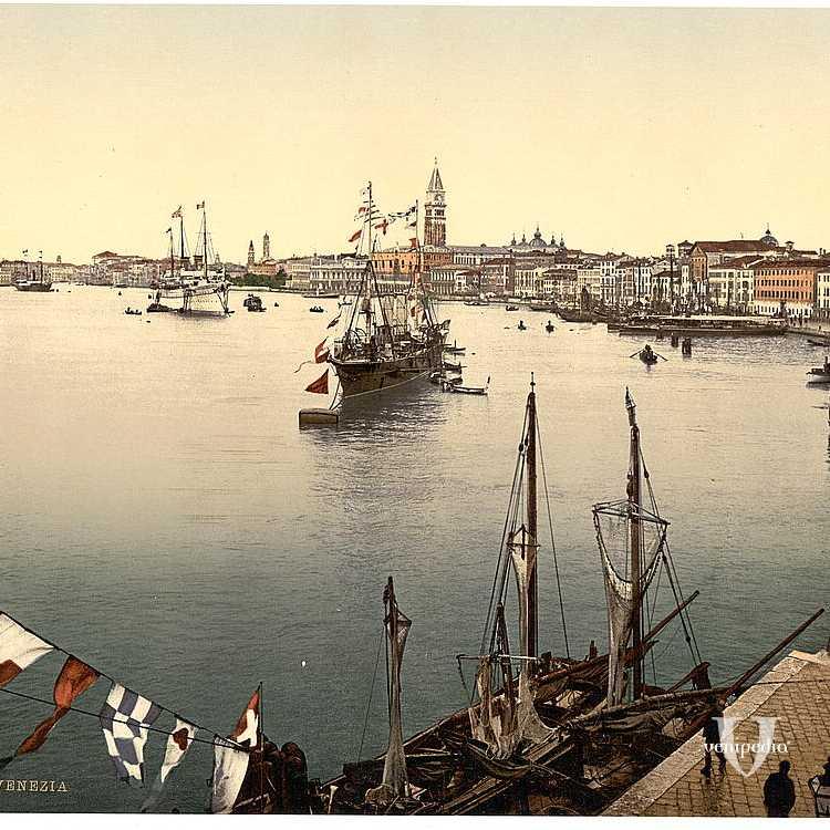 Panoramica sul Bacino di San Marco e le sue numerose imbarcazioni (Library of Congress - Detroit Publishing Company).