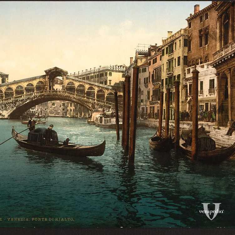 Il ponte più famoso di Venezia, completato, nel suo aspetto attuale, alla fine del XVI secolo (Library of Congress - Detroit Publishing Company).
