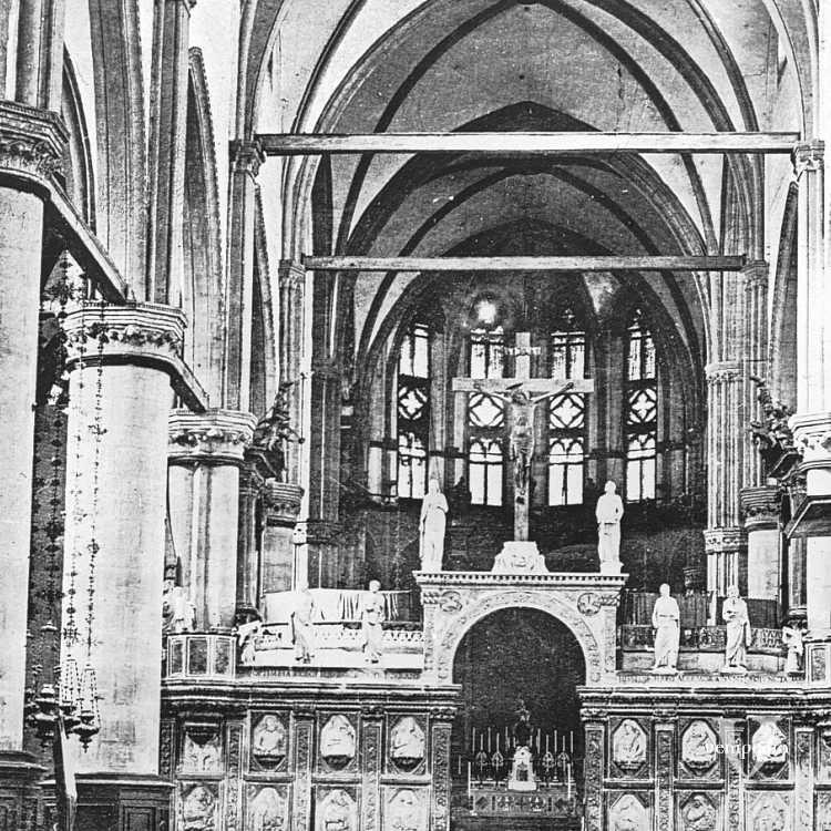 L'interno della Basilica di Santa Maria Gloriosa dei Frari (Brooklyn Museum).