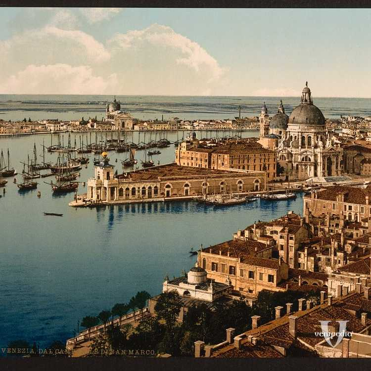 Panoramica meravigliosa dal campanile di San Marco su Punta della Dogana, Chiesa della Salute e parte della Giudecca (Library of Congress - Detroit Publishing Company).