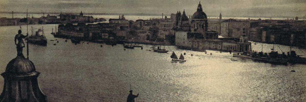 La Punta della Dogana e il Canale della Giudecca visti dall'Isola di San Giorgio.