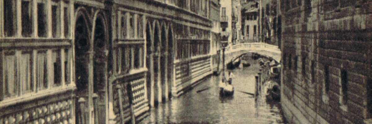 Il ponte dei sospiri che collega Palazzo Ducale alle Prigioni.
