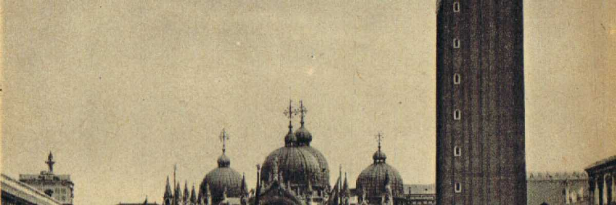 La Basilica di San Marco e il Campanile inquadrati dall'Ala Napoleonica.