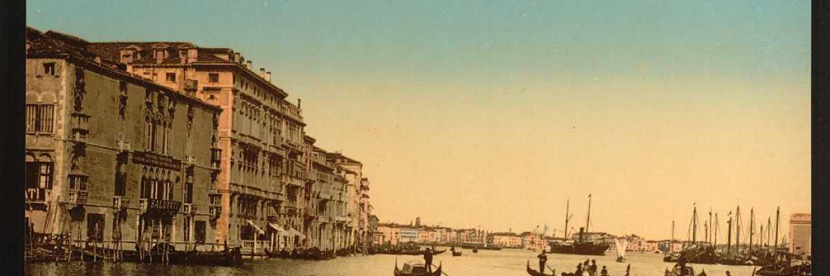 Gondole che dagli attracchi attraversano la laguna e si avviano verso Punta della Dogana (Library of Congress - Detroit Publishing Company)