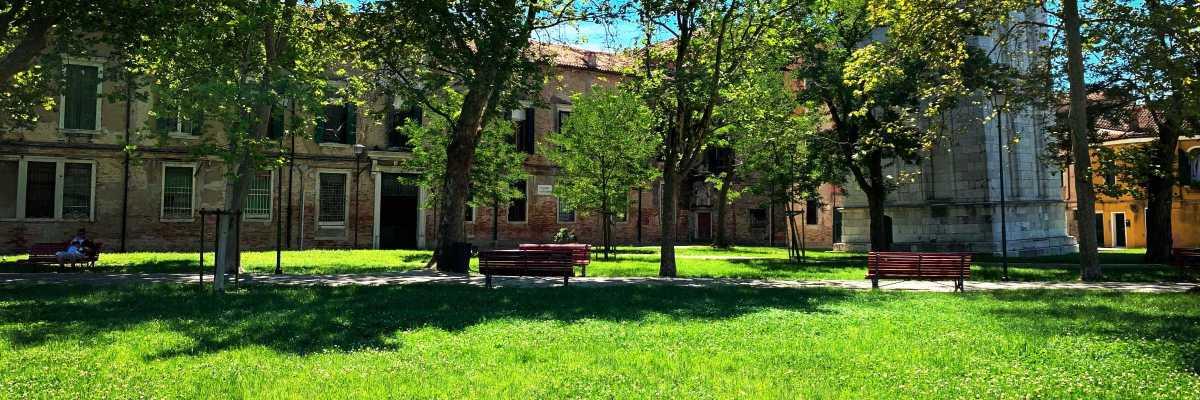 Il campo di San Pietro di Castello, visto dalla riva (Archivio Bazzmann/Venipedia)
