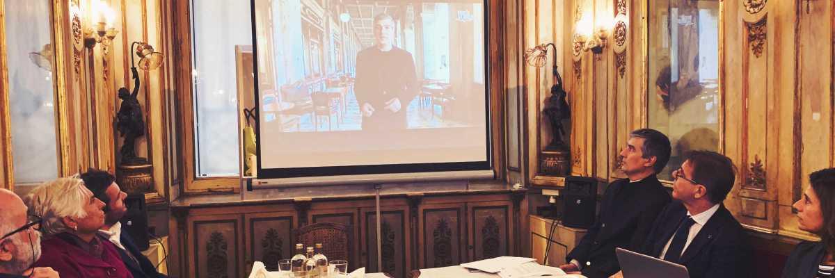 """Presentazione della terza stagione di """"Venezia in un minuto"""", nel prestigioso salotto del Caffè Florian — (Archivio Venipedia/Bazzmann)"""