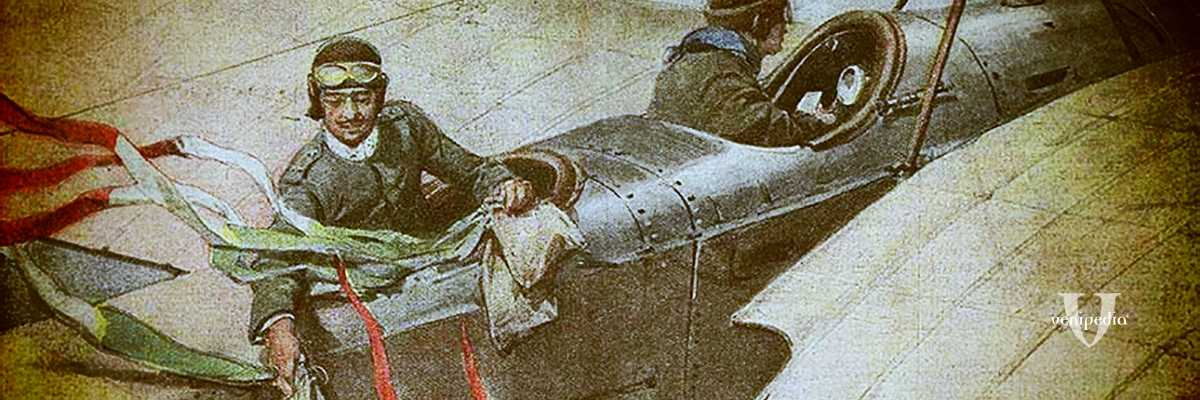 """Il volo di d'Annunzio su Trieste. Il Poeta lancia patriottici messaggi agli italiani in guerra: """"La fine del vostro martirio è prossima!"""""""
