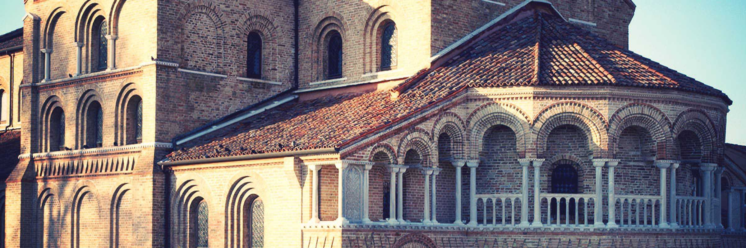 Detail of the Basilica of Saints Maria and Donato in Murano. — (Archive Bazzmann/Venipedia)