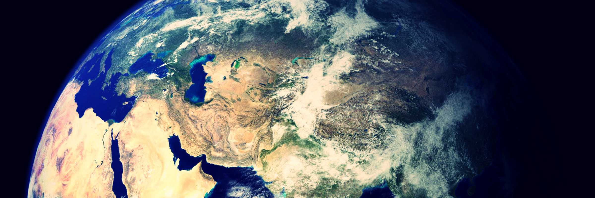 La Terra, vista dallo spazio. Un esempio di Overview Effect.