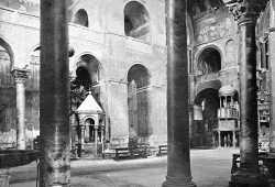 La meravigliosa navata centrale della Basilica di San Marco (Brooklyn Museum).