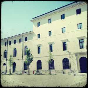 Accesso al Centro Servizi Residenza San Lorenzo.
