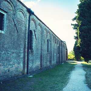 Particolare della Chiesa di Santa Maria Assunta a Torcello — (Archivio Bazzmann/Venipedia)