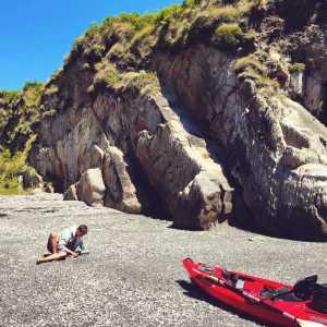 Fionn Ferreria nella spiaggia vicino a casa — (Per gentile concessione di Fionn Ferreira)