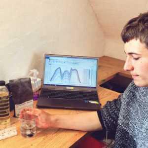 Fionn Ferreria nel suo laboratorio casalingo, da lui costruito — (Per gentile concessione di Fionn Ferreira)