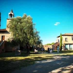 View on the main square, Palazzo dell'Archivio on the right, Palazzo del Consiglio on the left — (Archivio Bazzmann/Venipedia)