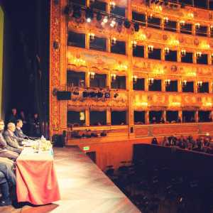 Cerimonia di premiazione del Veneziano dell'Anno 2014: interventi dei relatori e del premiato Damiano Michieletto.