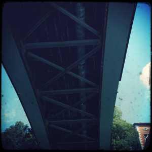 Il ponte visto da sotto 2