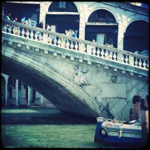 Il ponte dalla parte di San Marco — (Archivio Venipedia/Bazzmann)